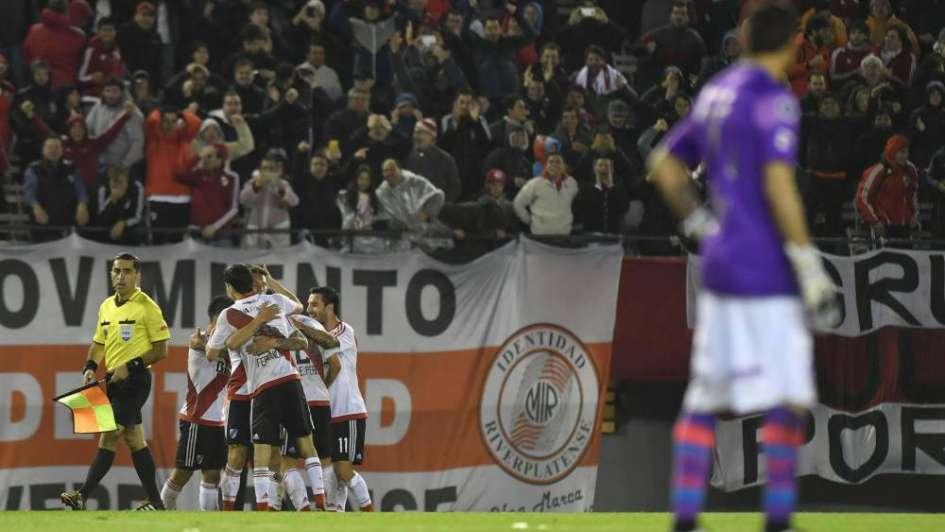 Impresionante goleada de River para avanzar a semis de la Copa Libertadores
