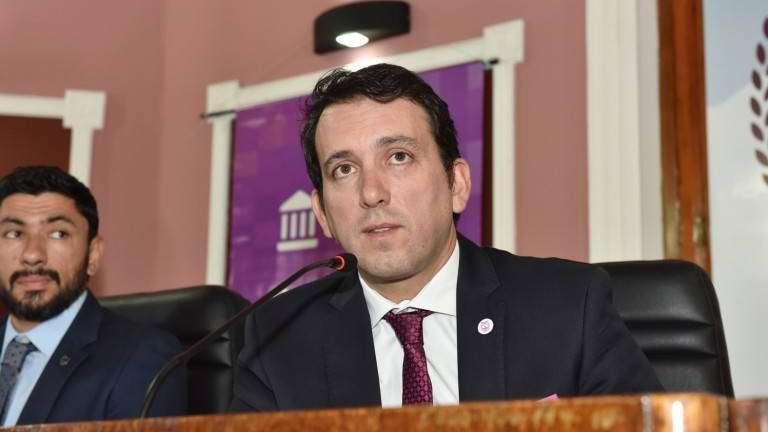 El intendente de Godoy Cruz promete construir más de 1.000 viviendas para erradicar villas
