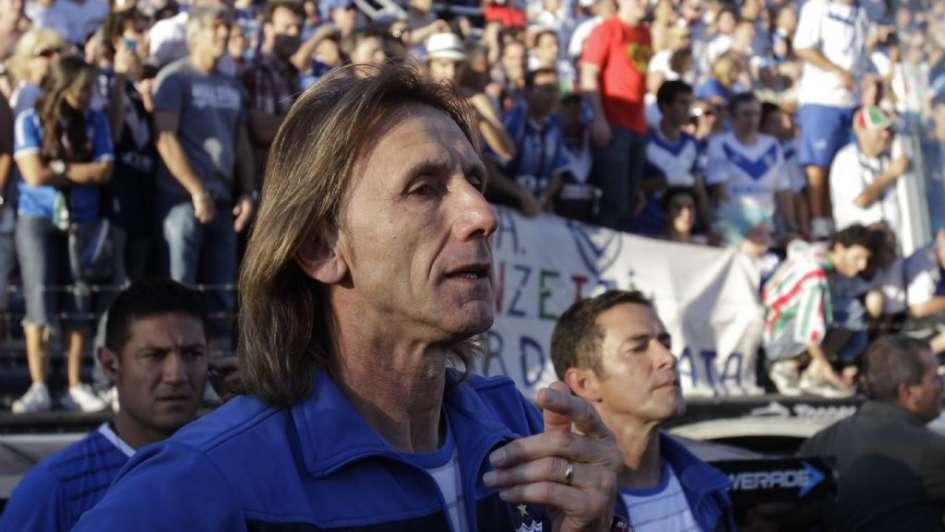 Teletón 2017: Selección peruana donó camisetas firmadas y guantes de Pedro Gallese