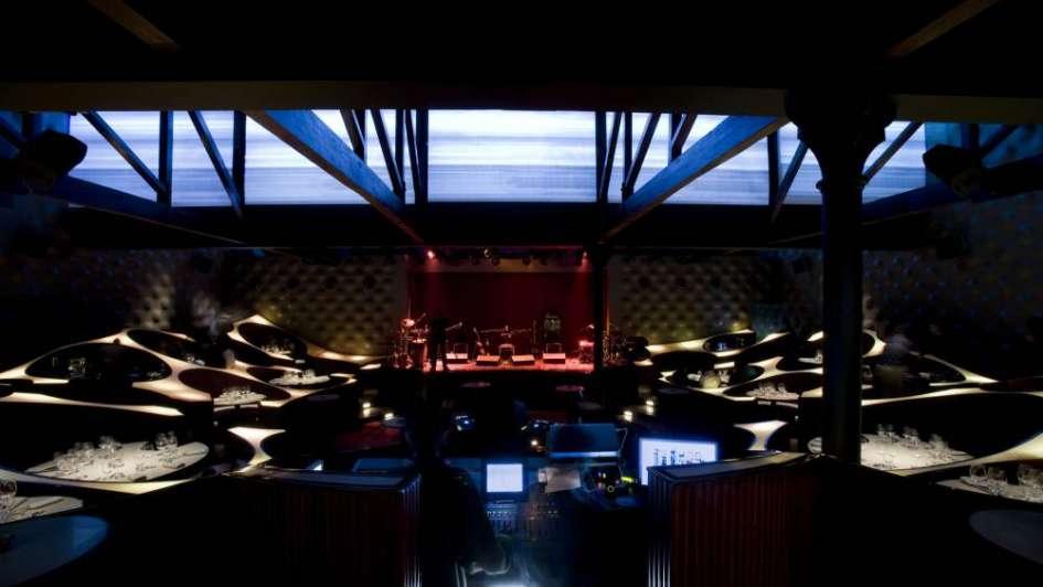 Fusión de música y diseño en un bar de la India