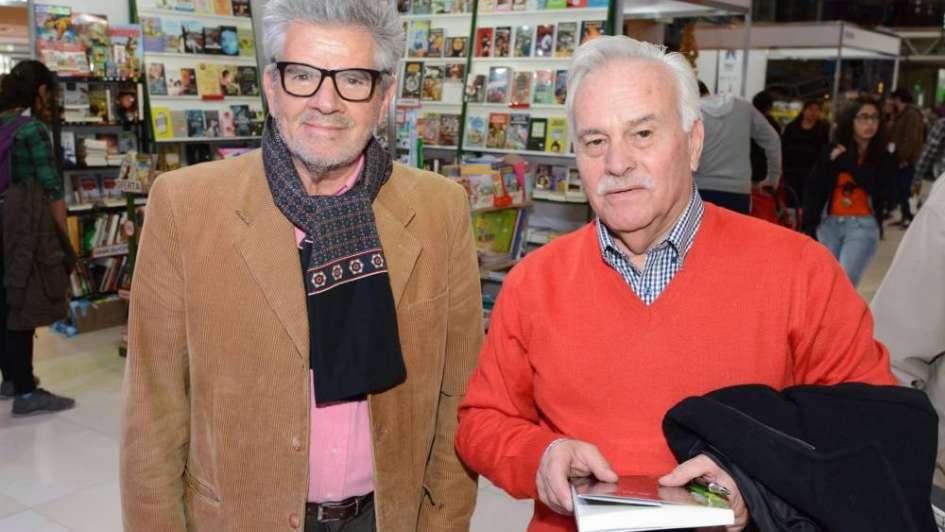 "Andrés Cáceres presentó  ""En su tinta"""