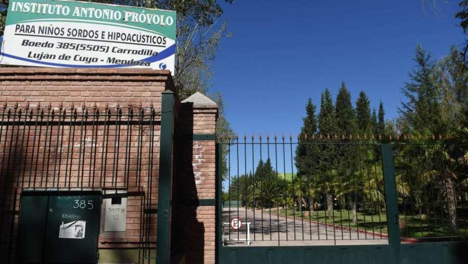 Allanaron otra vez el Próvolo: encontraron anticonceptivos y notas que comprometen a docentes