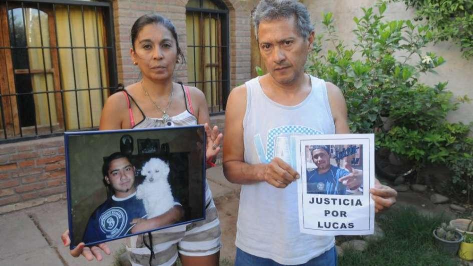 Hallan sin vida a la madre de  un chico muerto por un policía