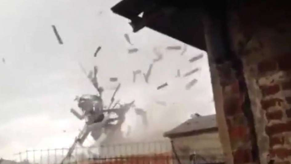 Videos: un mini tornado azotó a una ciudad en Chile