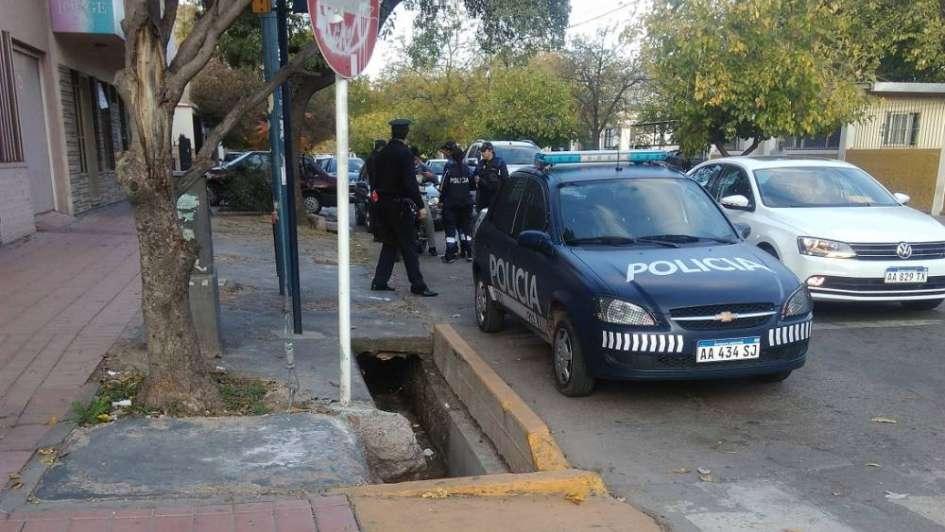 Tras un operativo de identificación arrestaron a 22 personas en Ciudad