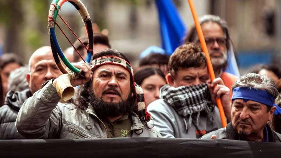 Los mapuches  y los kelpers
