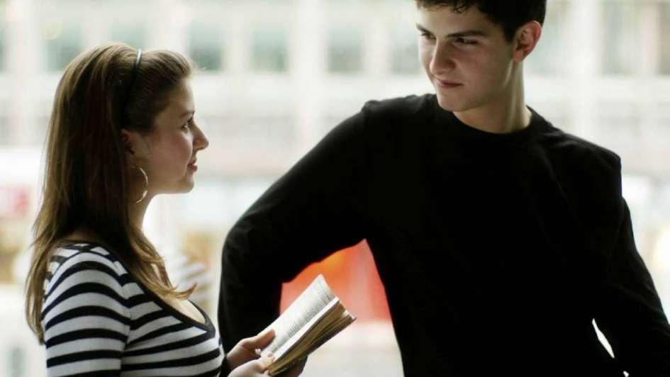 Vínculos en hogares ensamblados: tu hija y mi hijo, ¿se atraen?