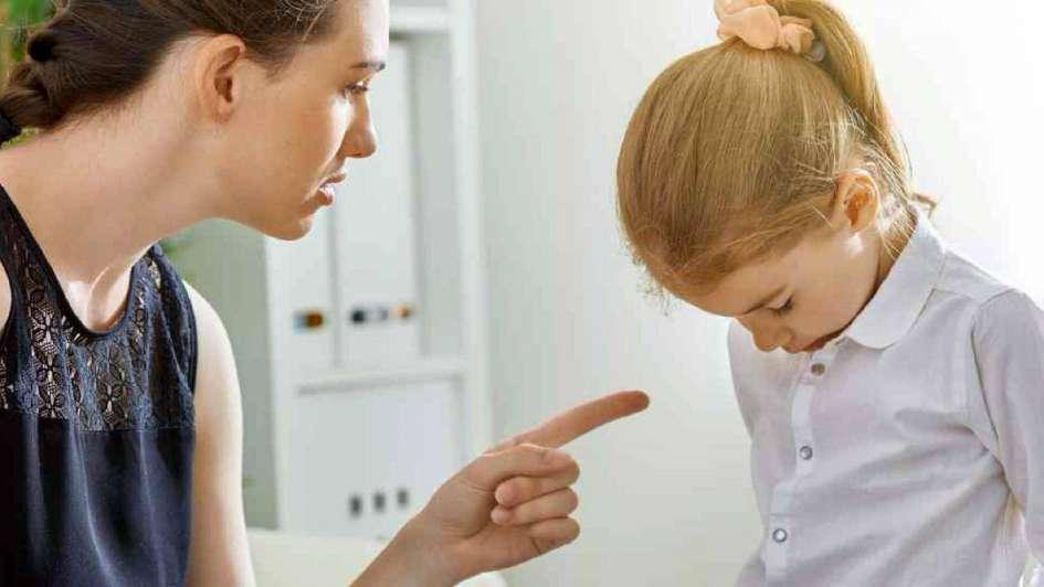 Daños a la autoestima del niño: ¿qué le decís y cómo les hablas a tus hijos?