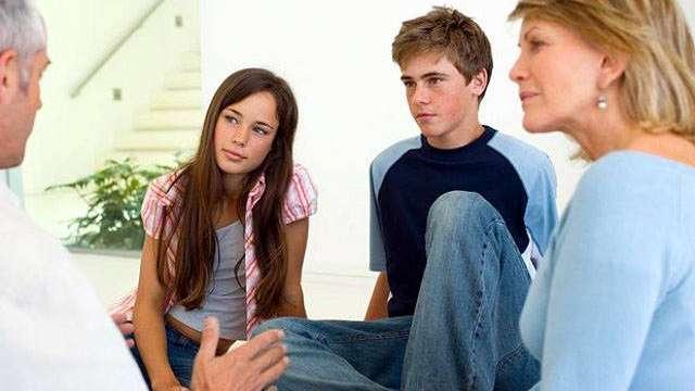 https://www.abc.es/familia/padres-hijos/abci-adolescentes-no-deleguemos-youtube-responsabilidad-transmitirles-pensamos-padres-201809132342_noticia.html