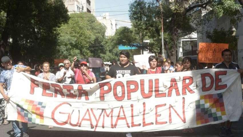 Hubo piquete de feriantes de la ex estación Belgrano en Guaymallén en contra del desalojo