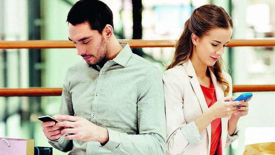 Millennials: mucho celular, poco sexo