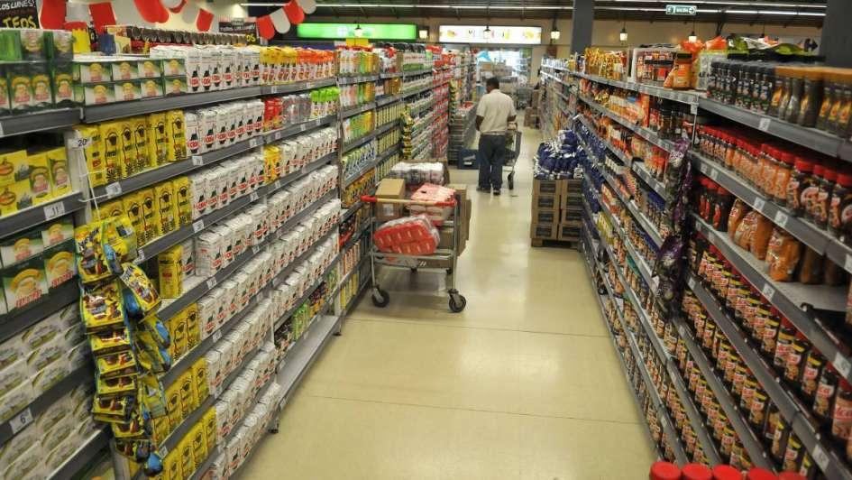 En febrero la facturación de los súper creció pero sigue debajo de la inflación