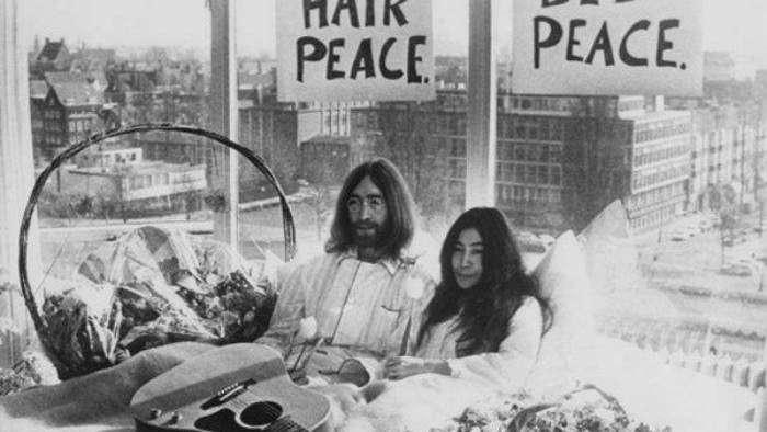 Lennon y Yoko Ono, aniversario de la boda pacifista más famosa de la música