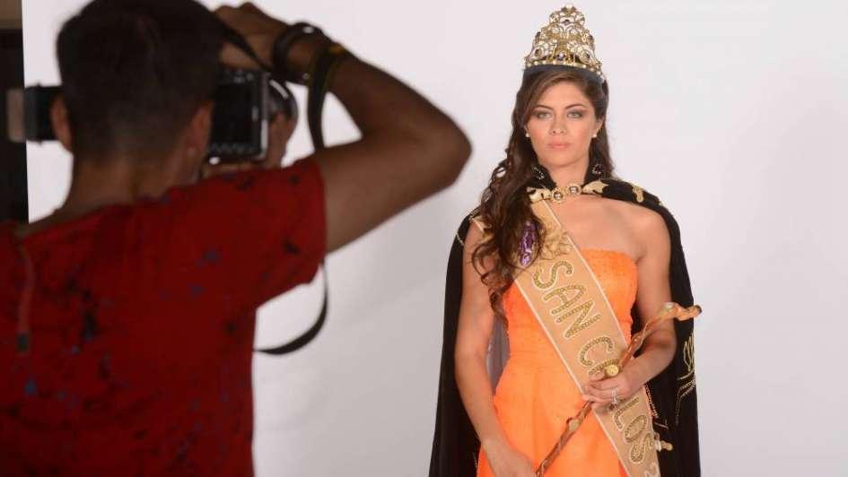 """Romina, de San Carlos: """"Quiero que me recuerden como la reina que ayudó"""""""