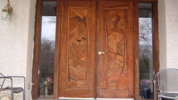 Puertas de exterior de madera, la identidad de la casa