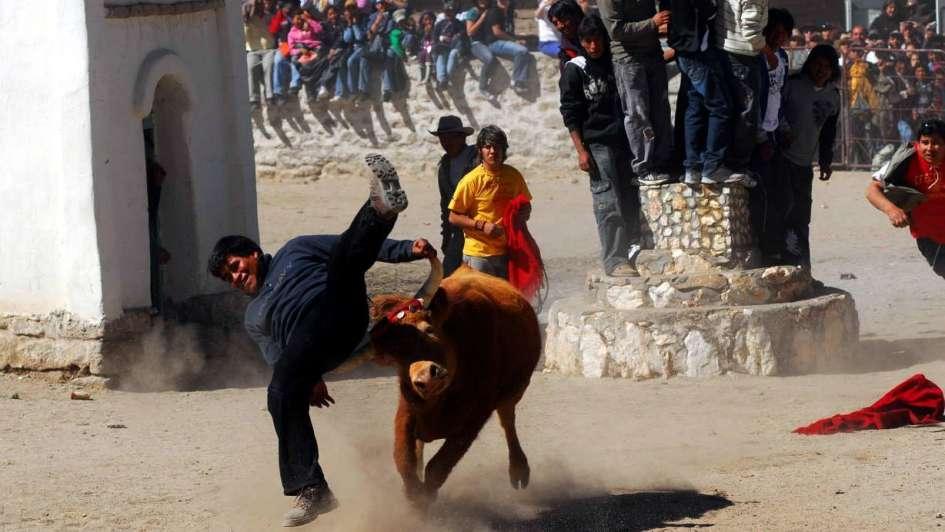 Casabindo  enfrentar a los toros por fe 0974d5fe2ef