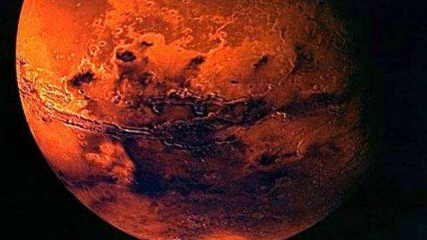 La NASA asegura que halló agua líquida en Marte