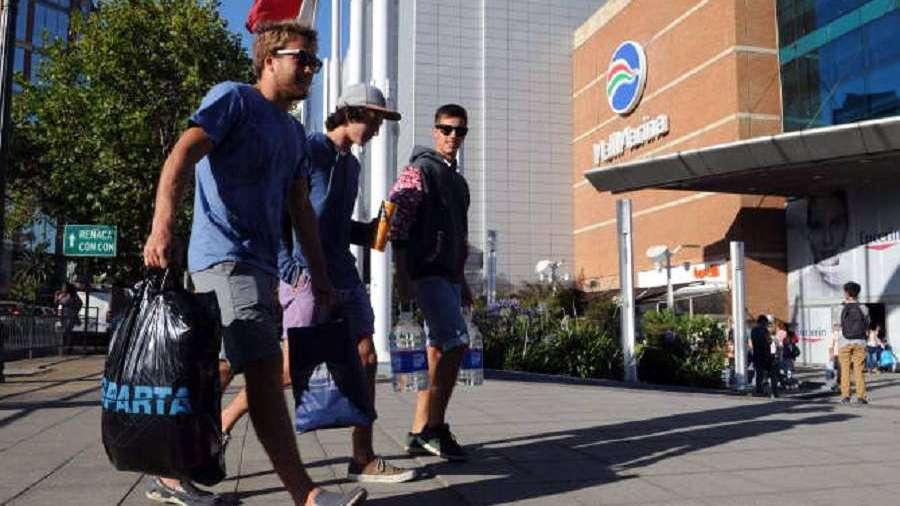 Ciudades de Chile compiten por atraer a consumidores argentinos