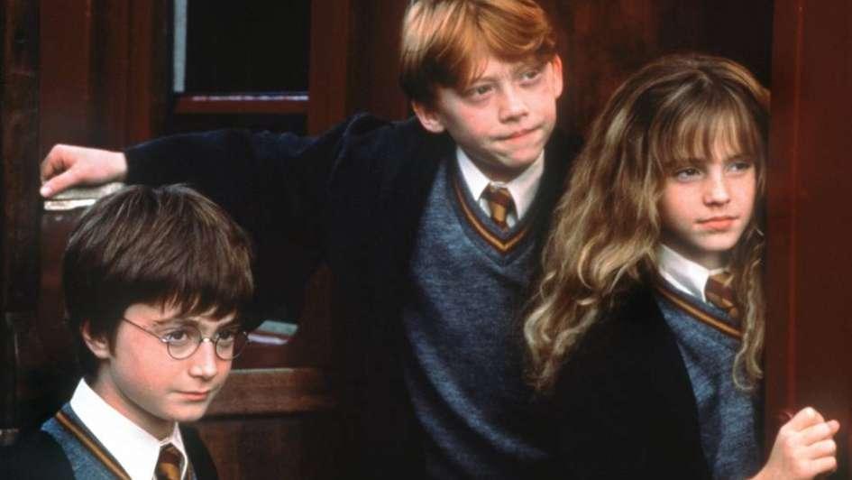 Resultado de imagen para La autora de Harry Potter publicará cuatro nuevos libros sobre el universo del aprendiz de mago