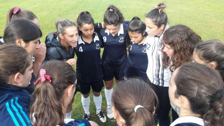 Las Pumas, el más antiguo en el fútbol femenino