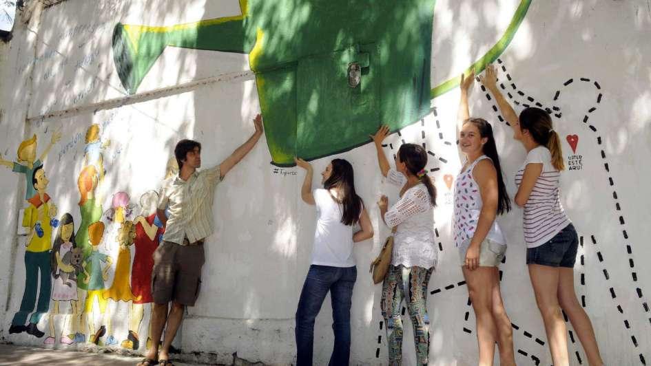 El Mural Interactivo Donde El Transeunte Es Parte De La Obra