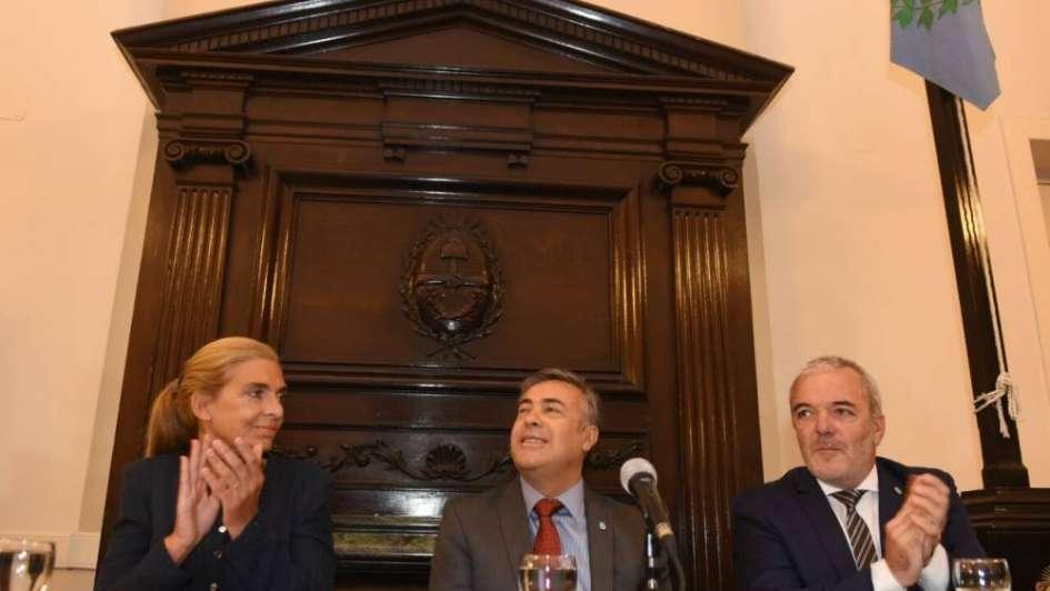 Cornejo presentó el Plan de Ordenamiento Territorial