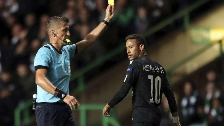 Neymar: un gesto desagradable y una reacción descomedida que provocó indignación