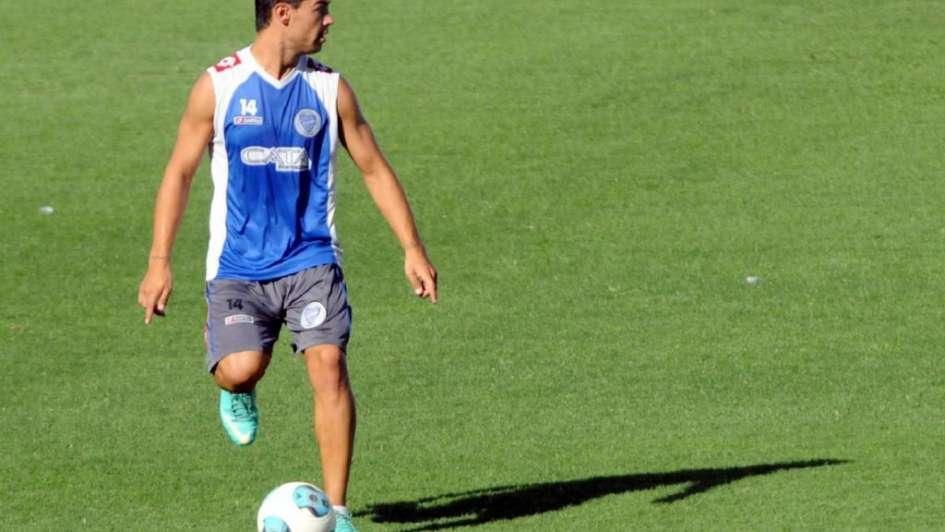 El ex Tomba Federico Lértora firmó su contrato y es nuevo jugador de Arsenal