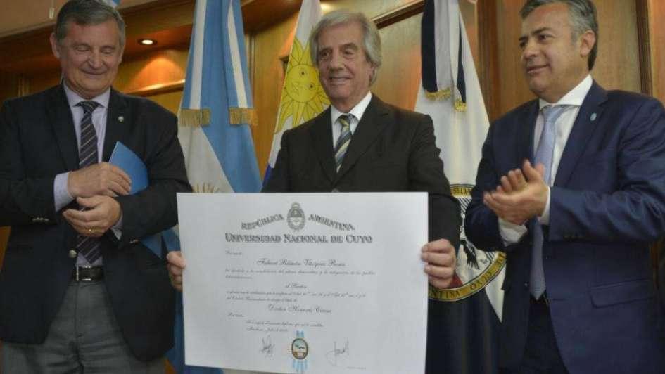 El presidente    de Uruguay pone límites a la presión contra Venezuela