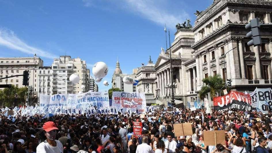 Protestas y marchas en la previa del paro nacional