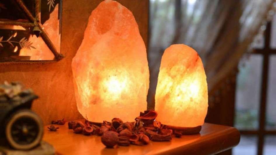 L mparas de sal mucho m s que objetos de luz - Lamparas que den mucha luz ...