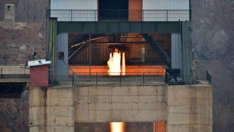 Pyongyang probó un nuevo motor de cohete