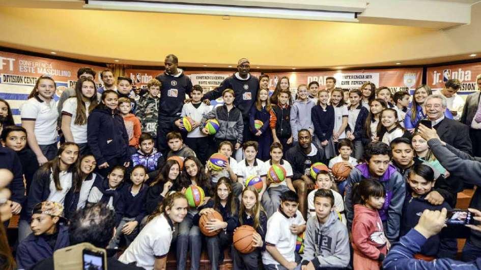Liga junior NBA: lanzamiento oficial