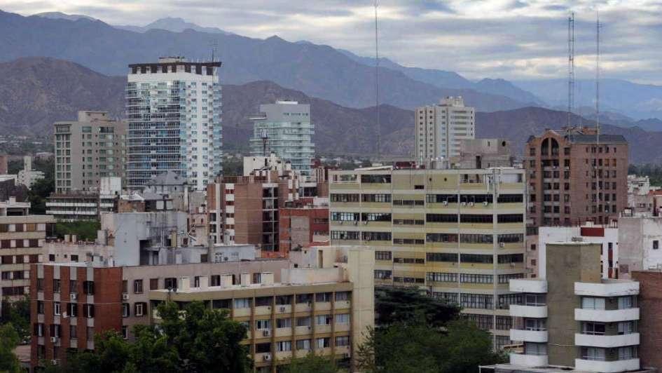 Vence el blanqueo y en Mendoza aún hay 800 inmuebles no declarados