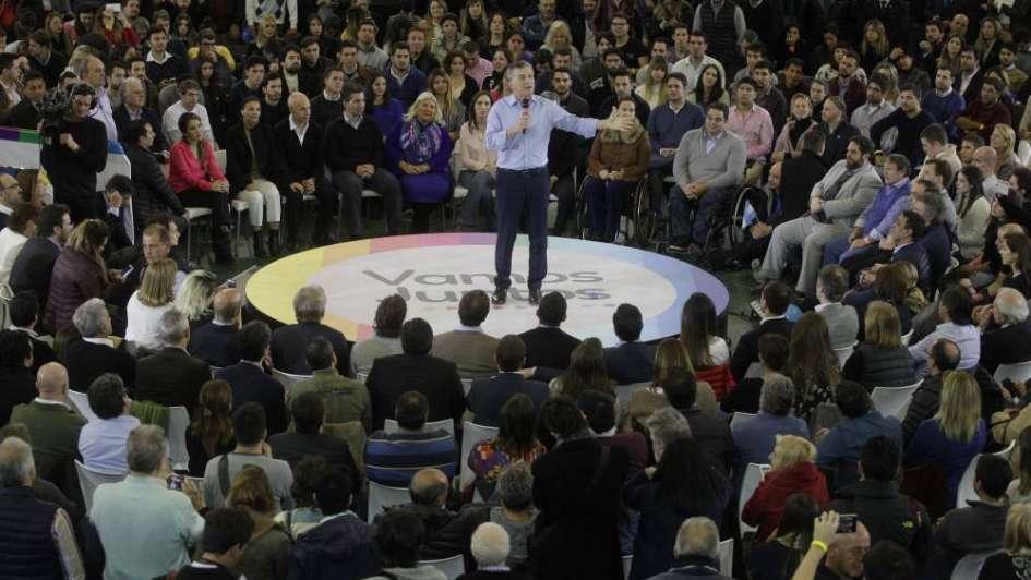 Macri y Carrió pidieron votar por el oficialismo