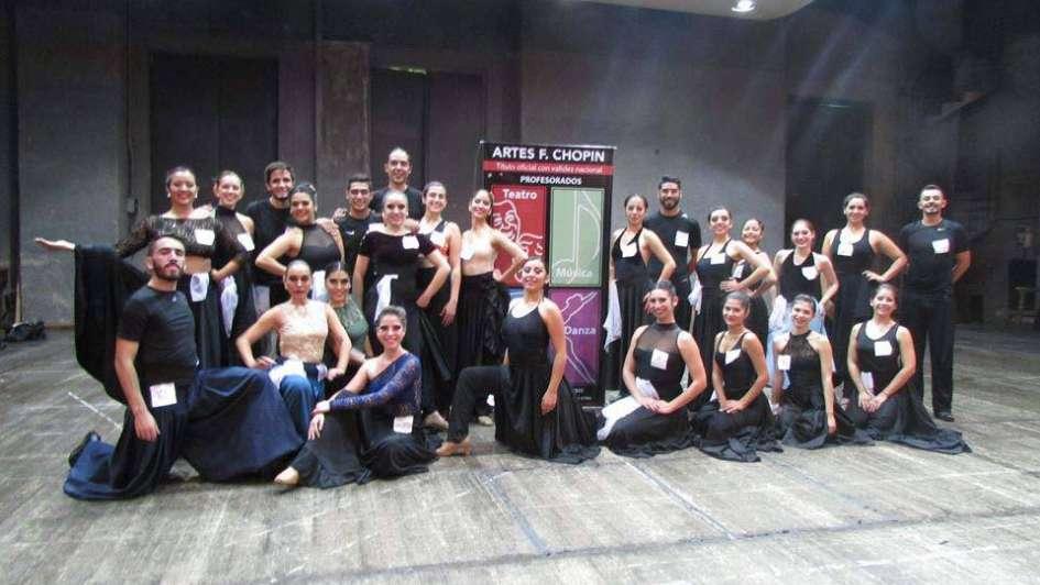 Teatro, danzas, música y artes visuales