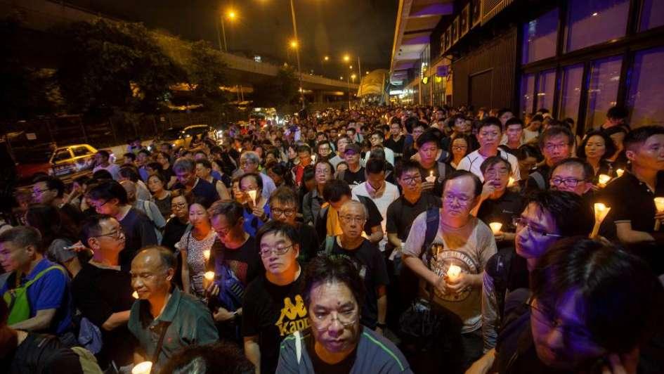 Cremaron y arrojaron al mar los restos del opositor chino y Nobel de la Paz Liu Xiaobo