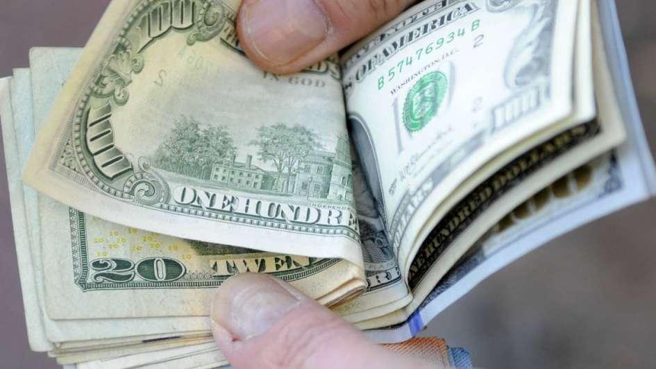 El dólar superó los 40 pesos — Sin barreras