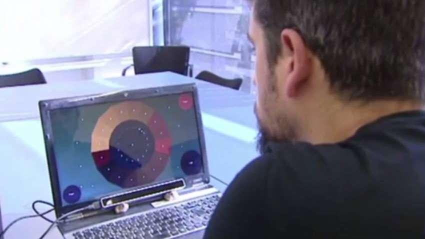Crearon un instrumento digital para tocar y componer música con la mirada