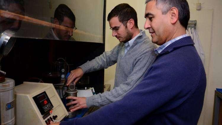Científicos de la UNCuyo inventaron un nuevo método para extraer litio