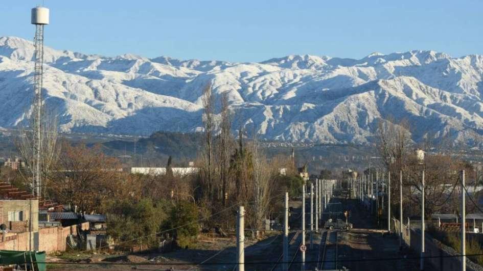 Las temperaturas bajo cero seguirán hasta el miércoles en Mendoza
