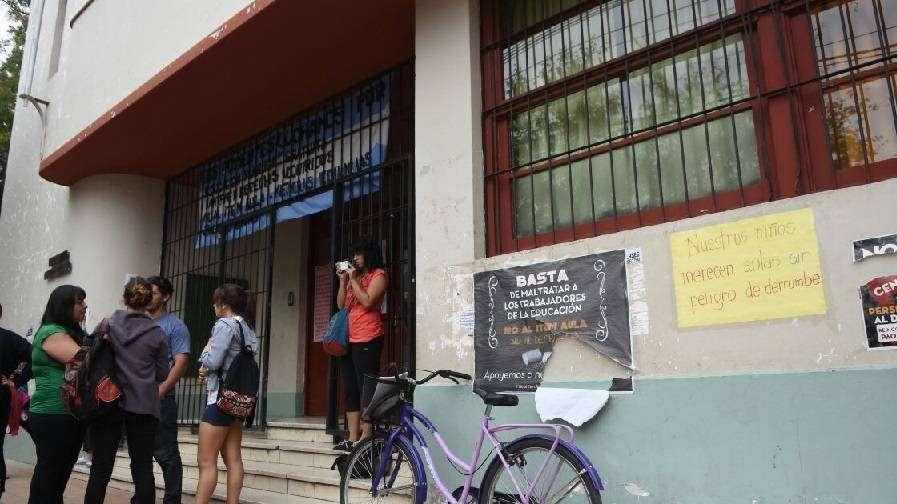 Reclaman mejoras para la escuela Cano de Guaymallén