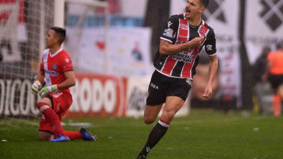BN: Chacarita sufrió pero logró el ascenso a Primera división