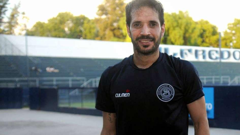"""Matías Abelairas: """"El cariño por Independiente y su gente me impulsó para volver"""""""
