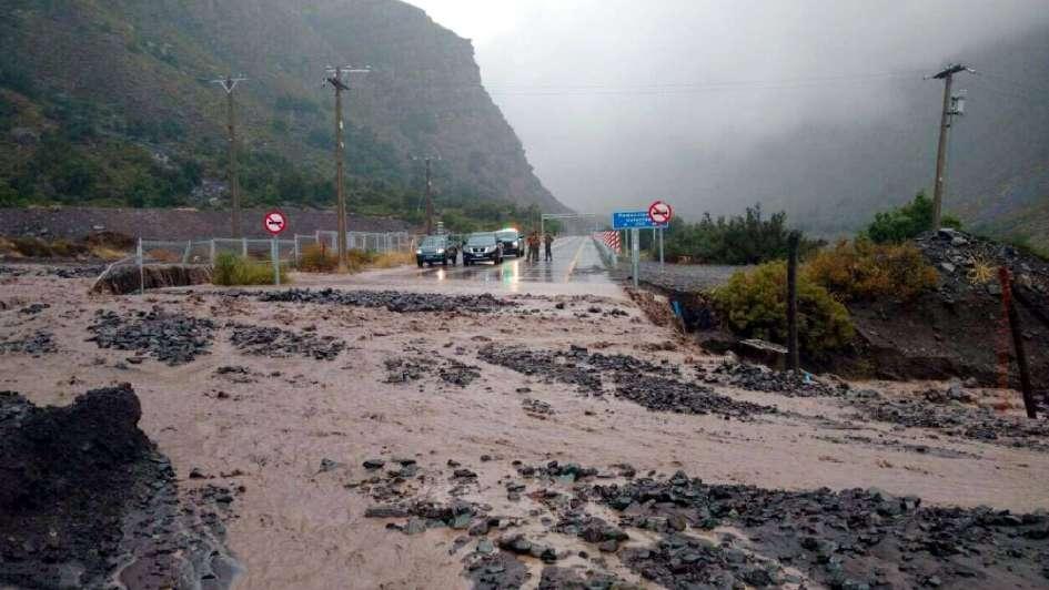Las lluvias tampoco dan tregua del lado chileno