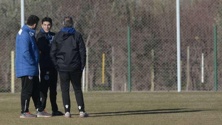 Tomba: Larriera dirigió su primera práctica con la cabeza puesta en Gremio