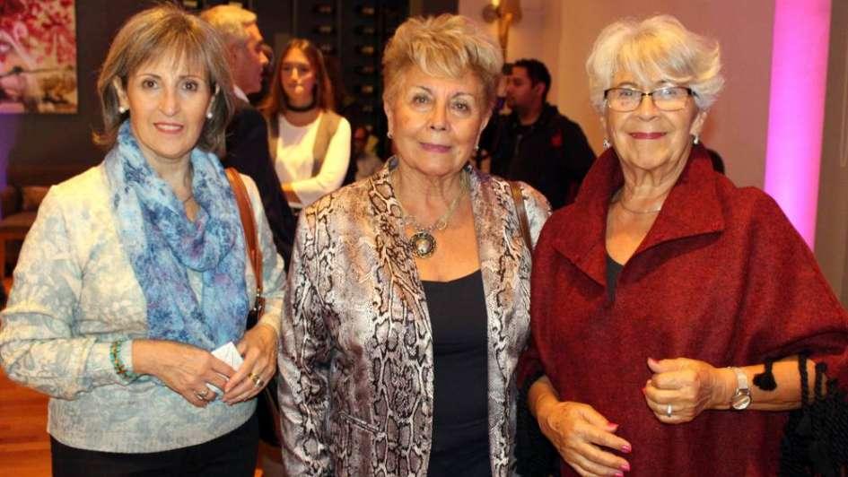 Festejo con oliva y reinas en Maipú