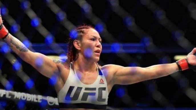 La luchadora Cris Cyborg quiere pasarse al boxeo para aprovechar su tremenda pegada