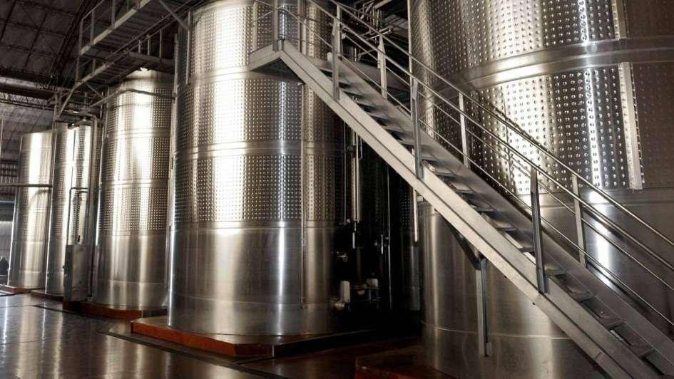 En 2016 se dejaron de vender 85 millones de litros de vino
