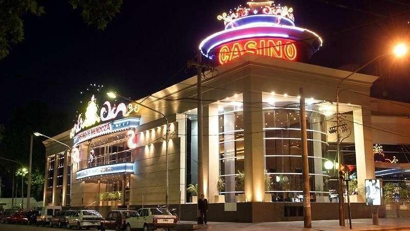 Sobreprecios en la limpieza del Casino: imputan a empresario e investigan al ex directorio